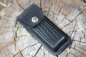 Black leather case Medium