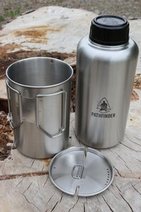 Pathfinder 64oz Stainless Steel water Bottle and Cup Set Photo